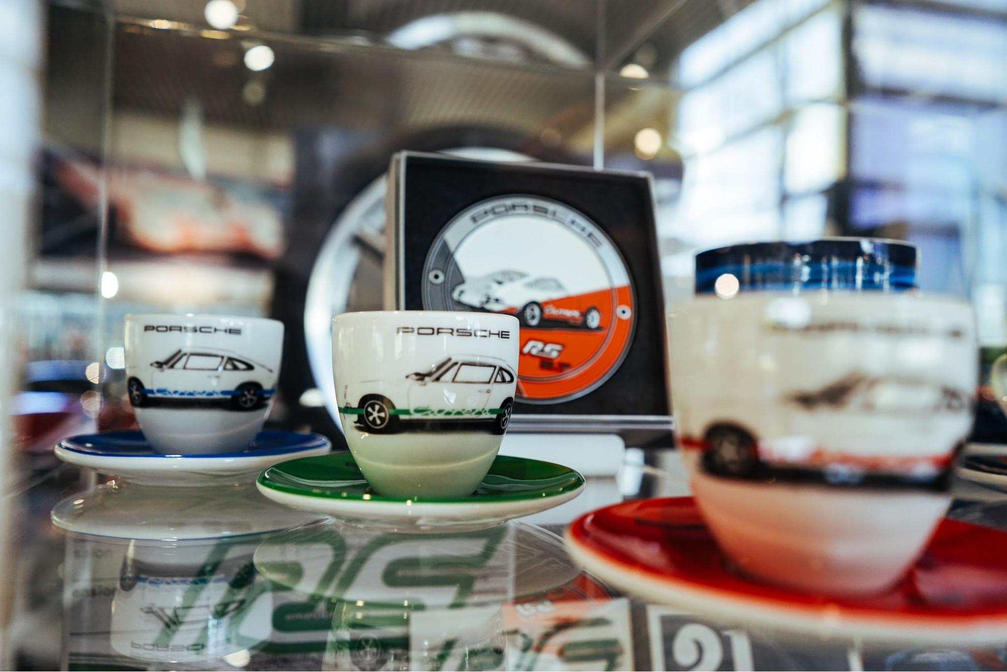 8 Perfect Porsche Gifts