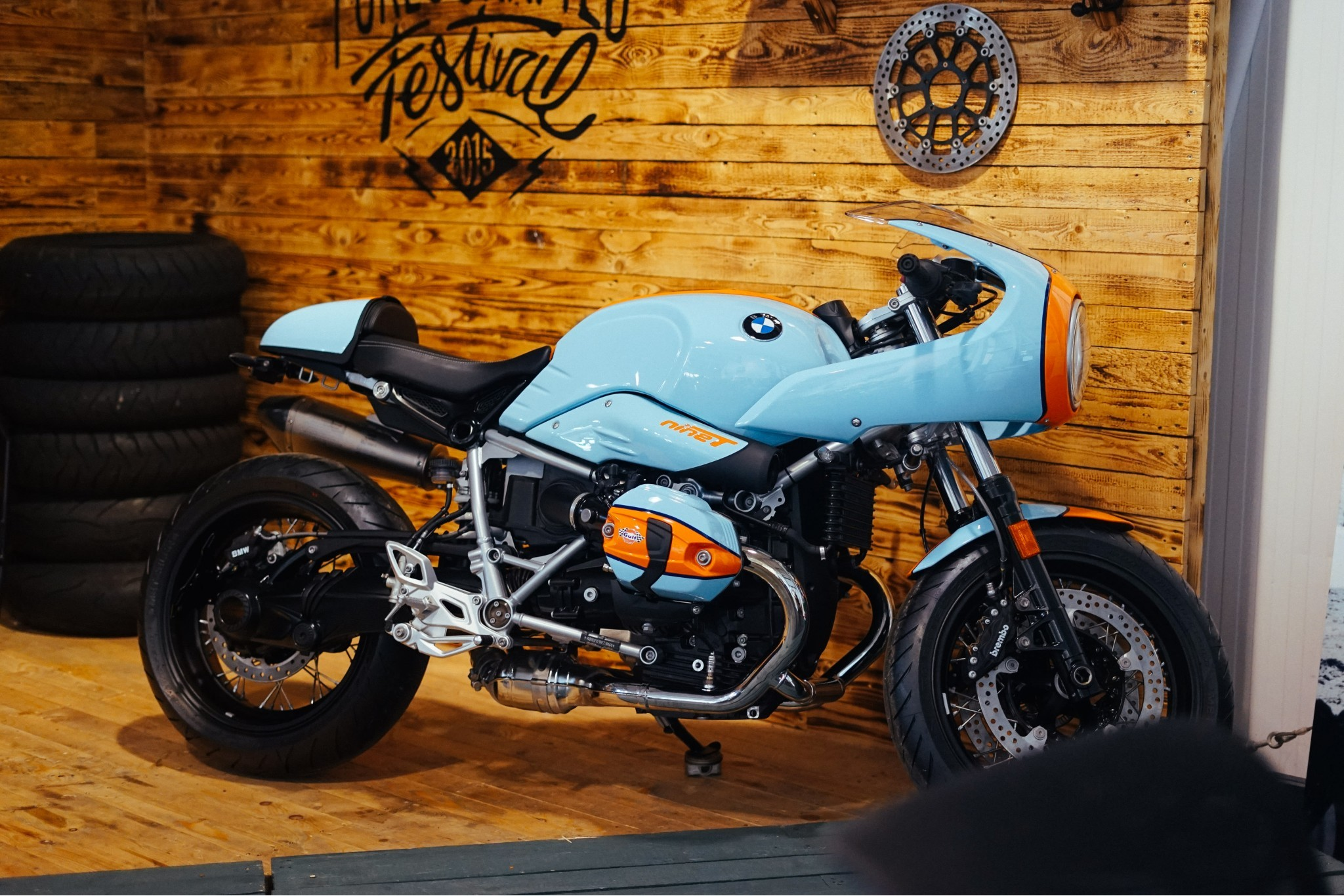 Introducing Custom Werks by Dick Lovett Motorrad