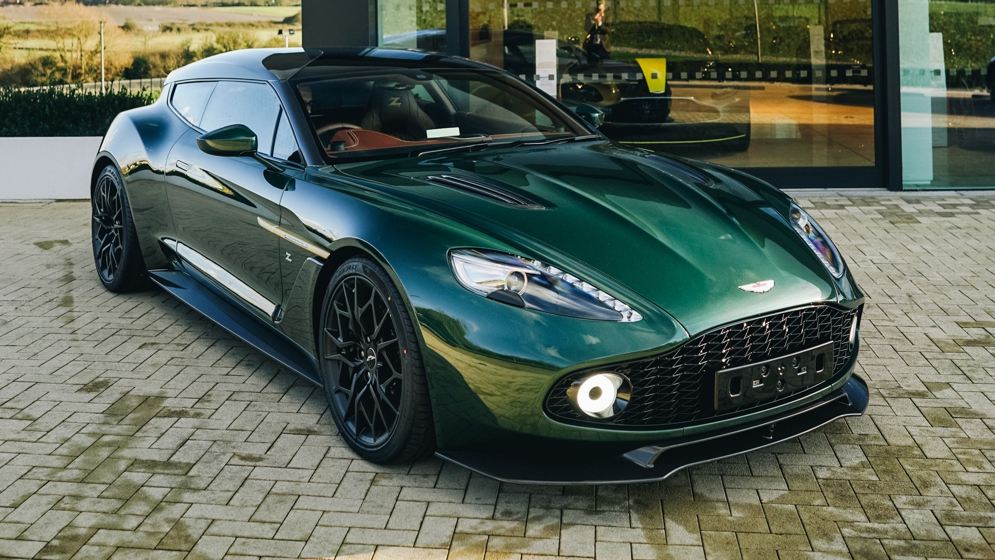 Top Ten Features You Ll Find In The Aston Martin Zagato Shooting Brake