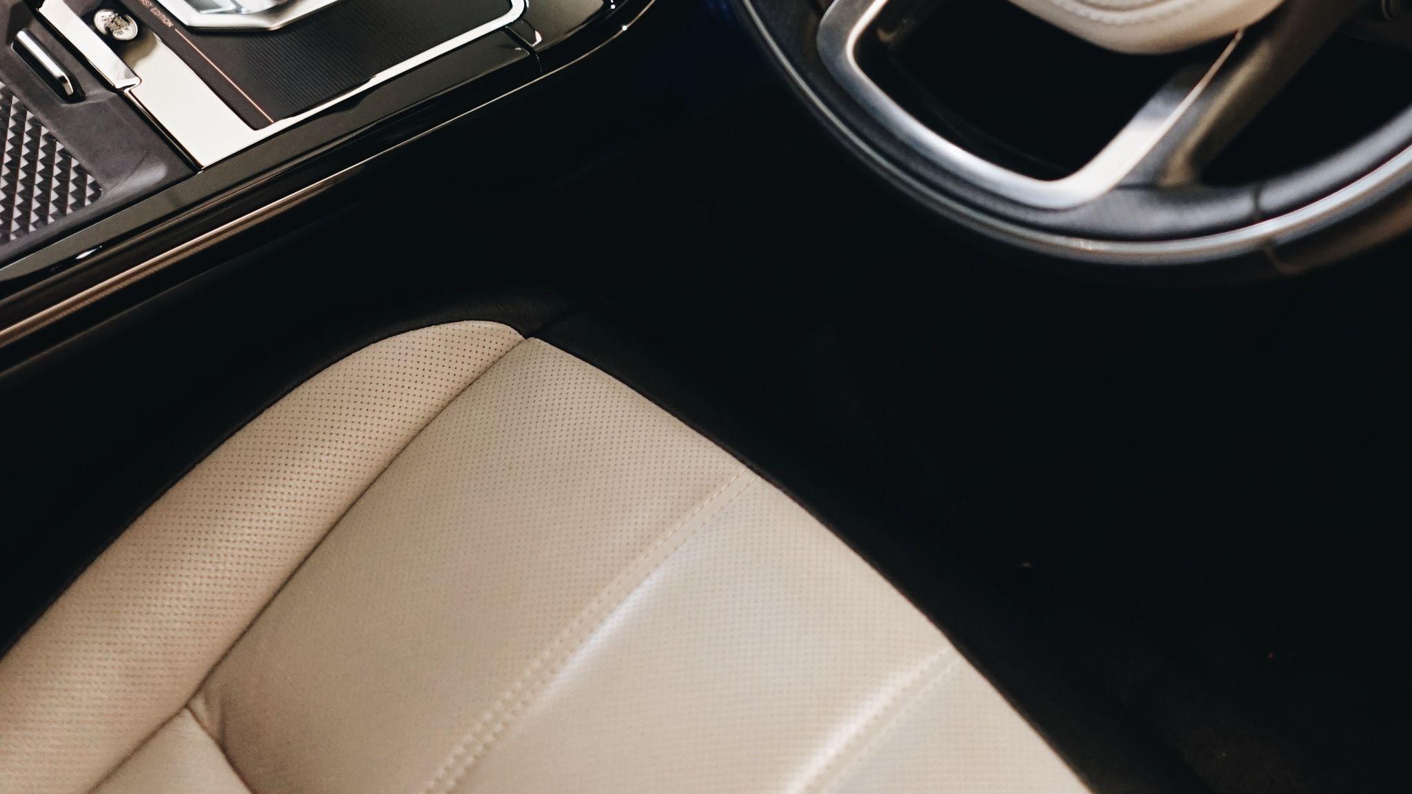 Range Rover Evoque Interior Steering Wheel