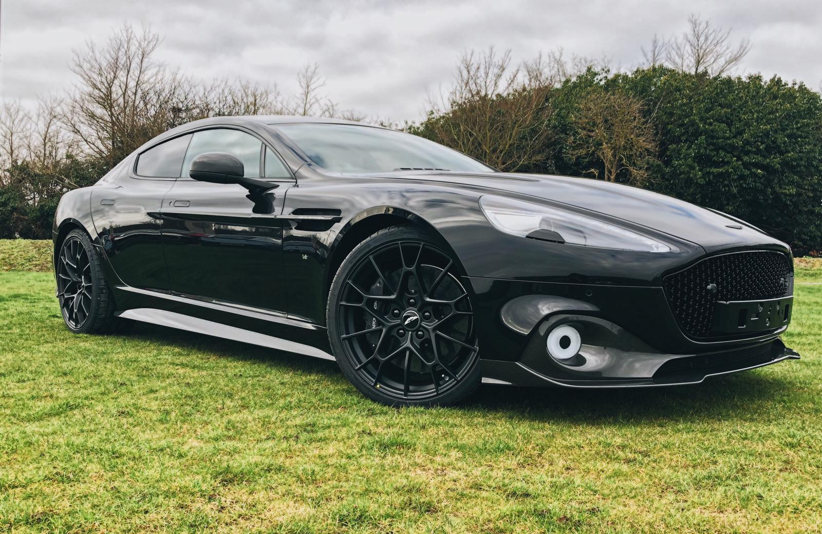 Aston Martin Rapide AMR Front