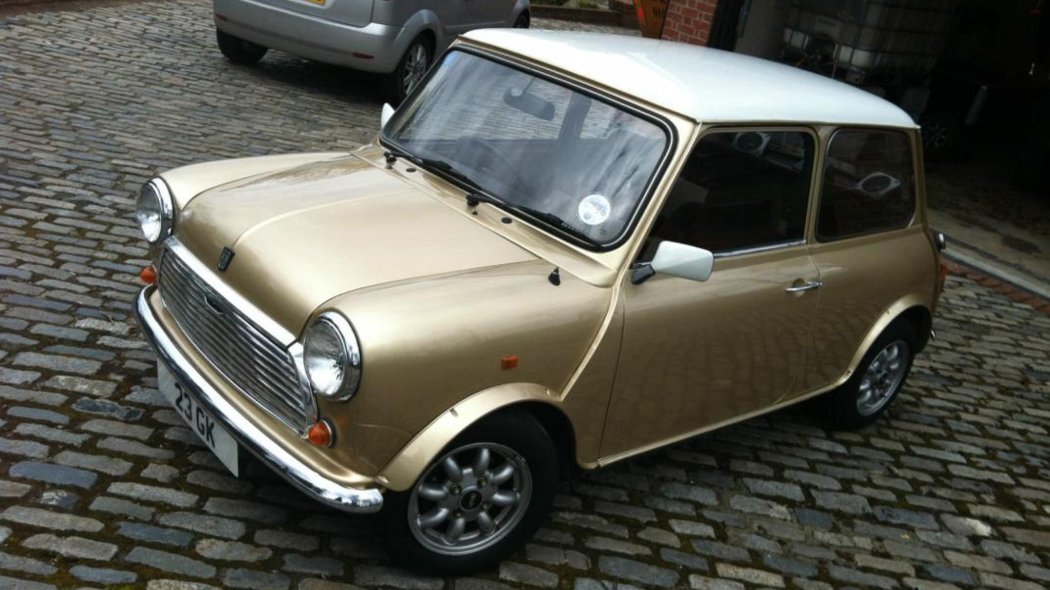 1986 Mini Piccadilly