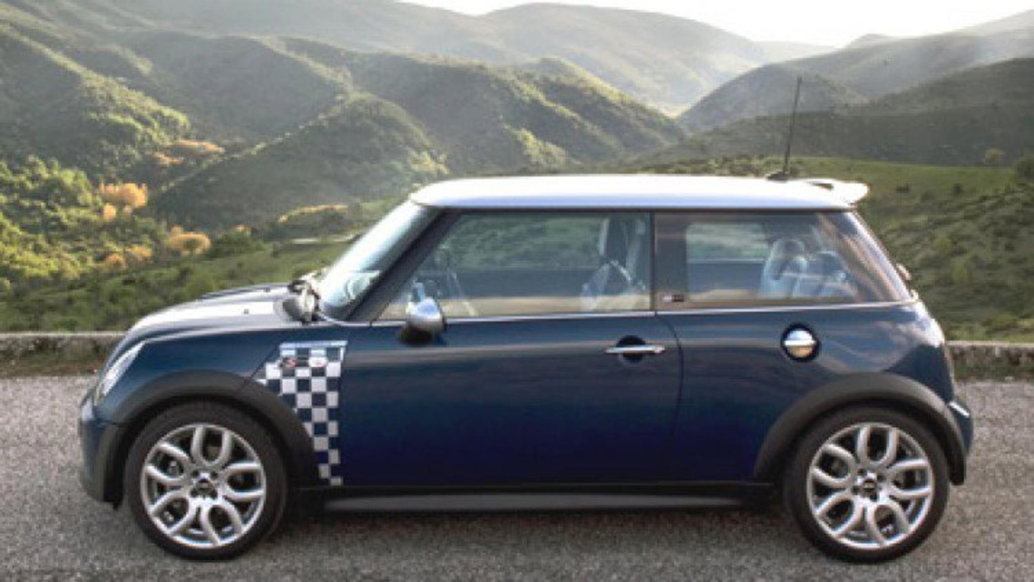 2005 MINI Cooper S Check Mate