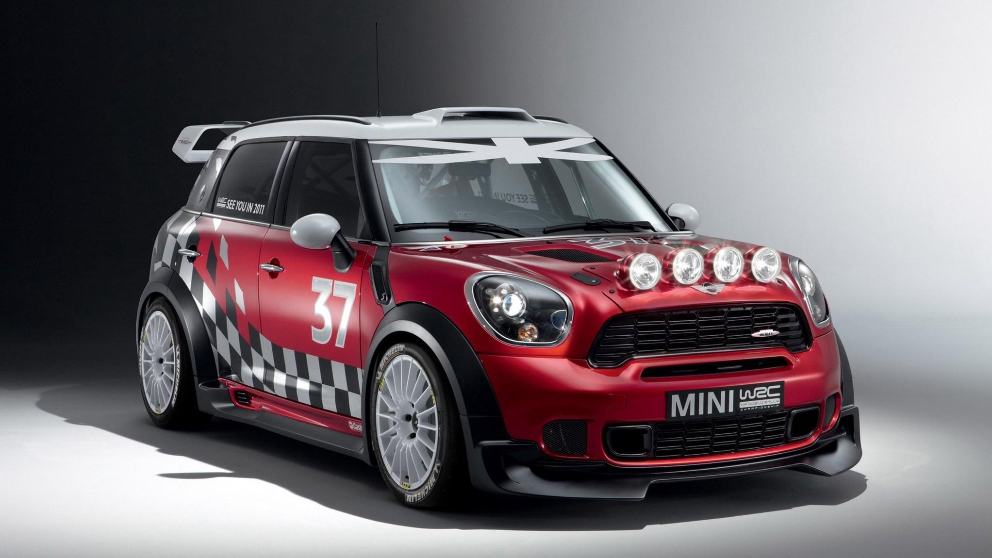2010 MINI Countryman Rally Edition (1)