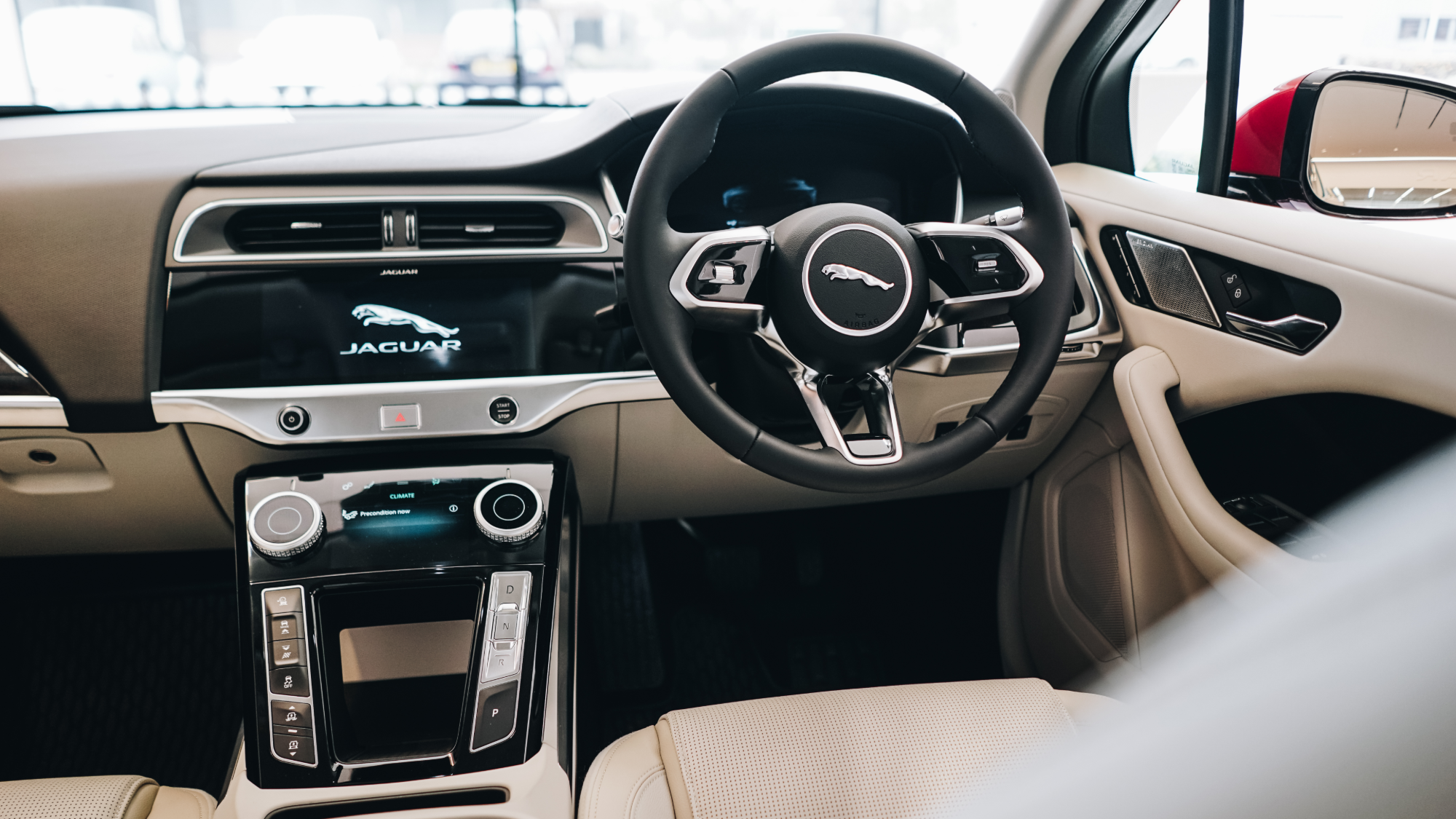 Jaguar I PACE Interior