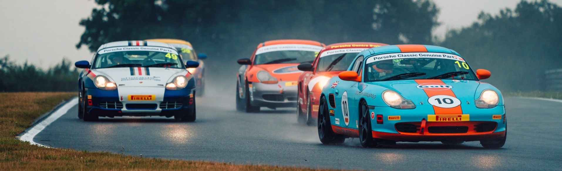 Porsche Centres Compete At Snetterton Circuit