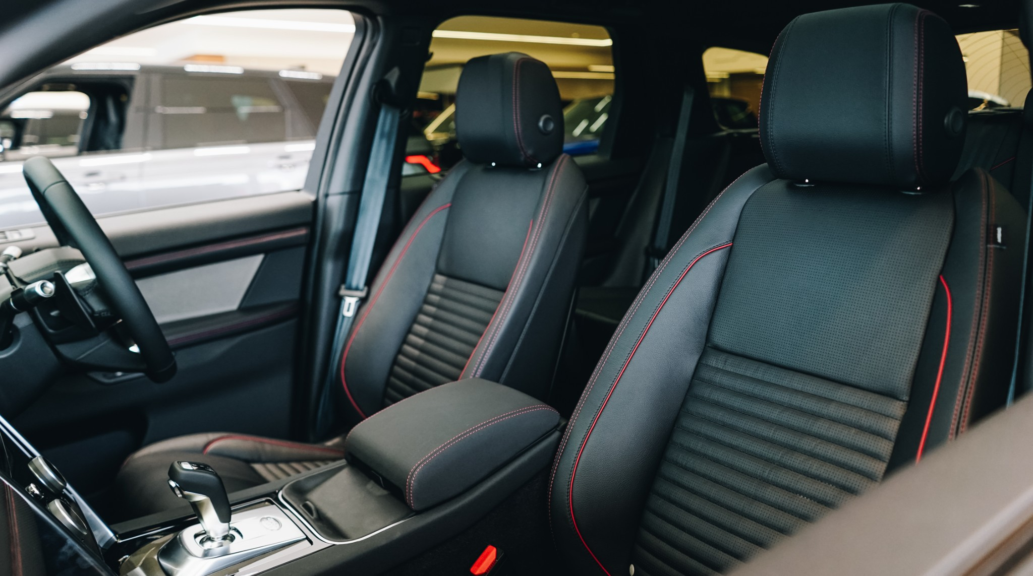 The New Land Rover Discovery Sport Seating