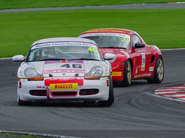 Porsche restoracing at oulton park racing