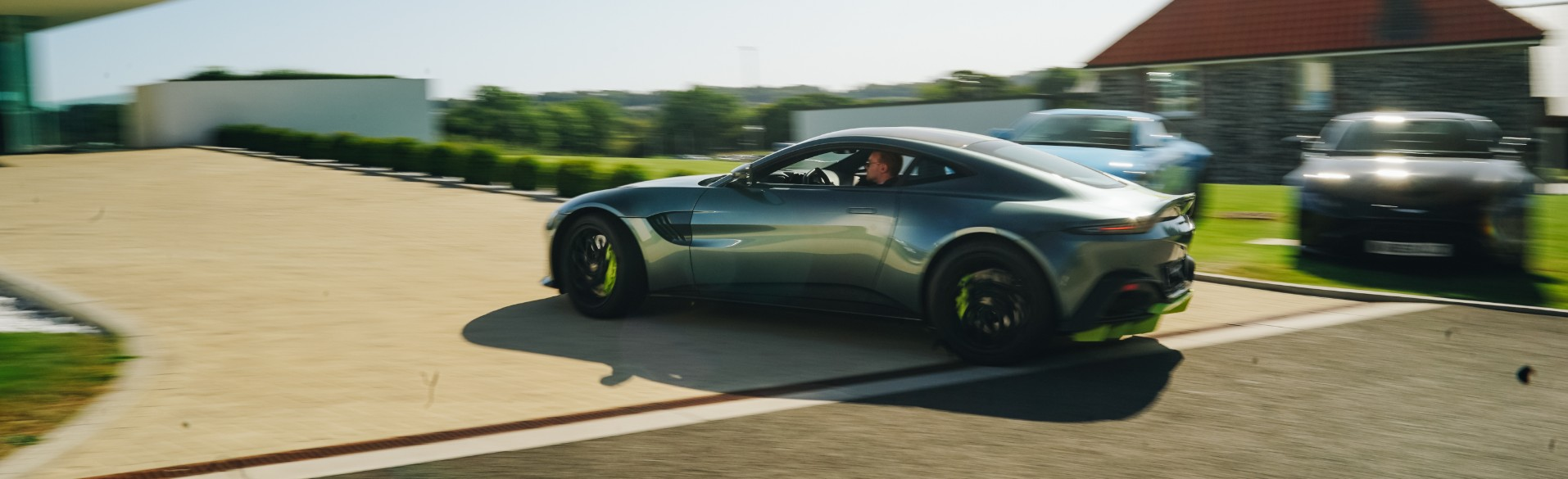 Aston Martin Vantage AMR Acceleration
