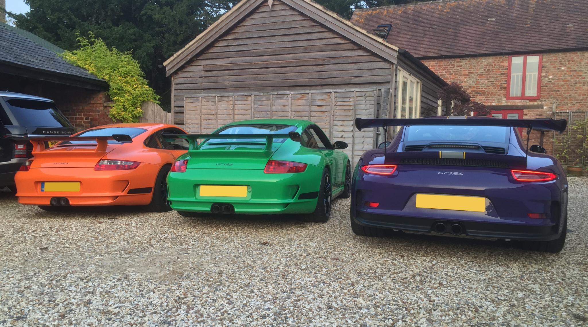 John Winsom GT3 with friends Porsches3