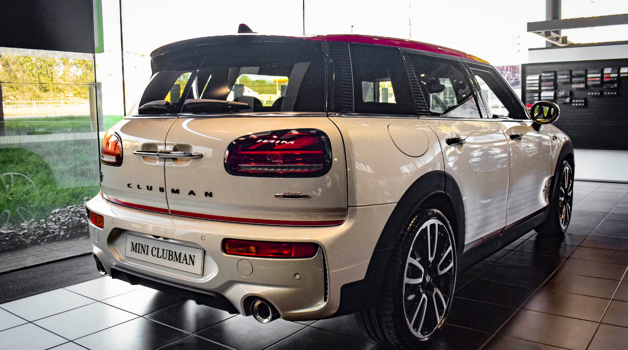 JCW Clubman White Silver Edition Rear