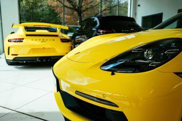 Car yellow porsches