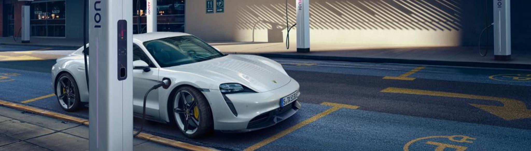 Porsche Taycan Charging (1)
