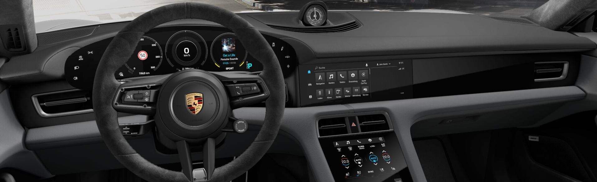 Taycan Turbo S interior