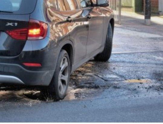 BMW X1 Pothole