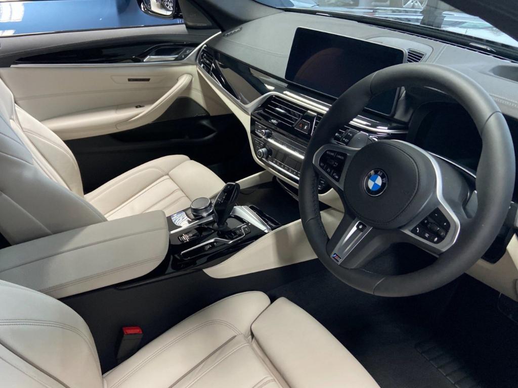 BMW 530e M Sport Cyber Week2
