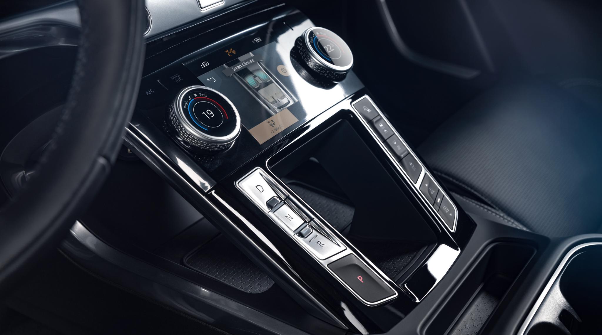 Jaguar I PACE Interior2