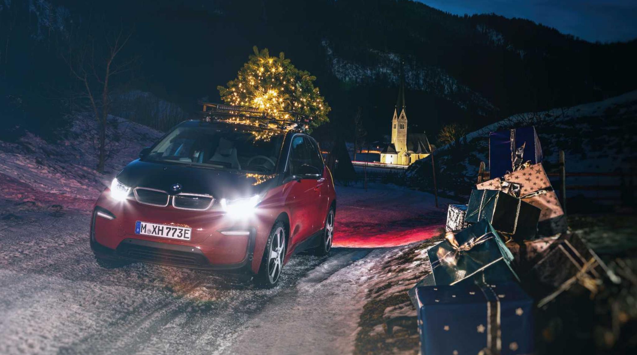 BMW Christmas Tree On Roof