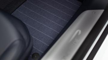 Aston martin DBS Superleggera Concorde Edition Interior Details 2