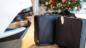 Aston martin dbs superleggera concorde edition luggage2