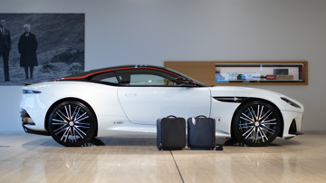 Aston martin dbs superleggera concorde edition luggage4