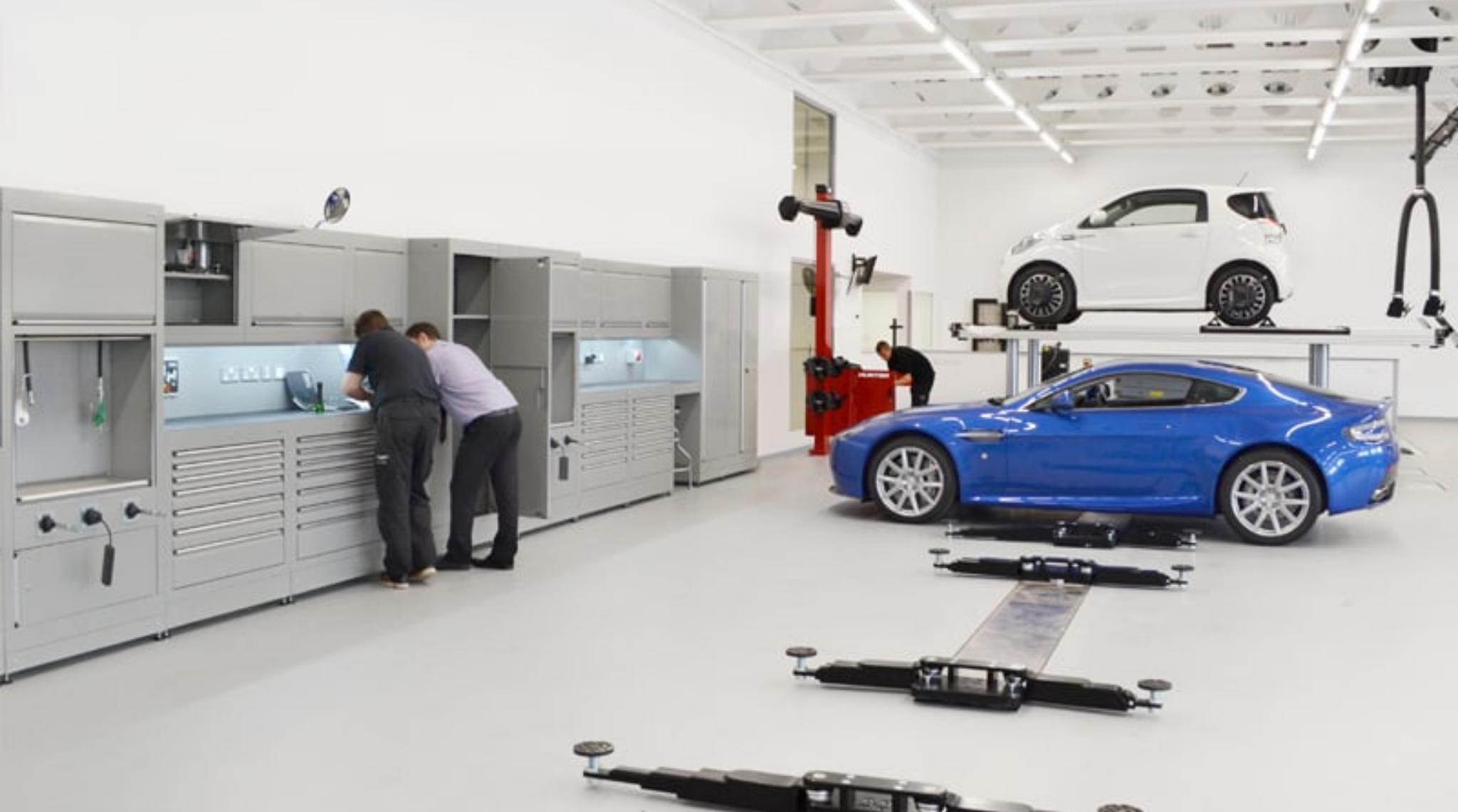 Aston Martin Workshop Bristol2