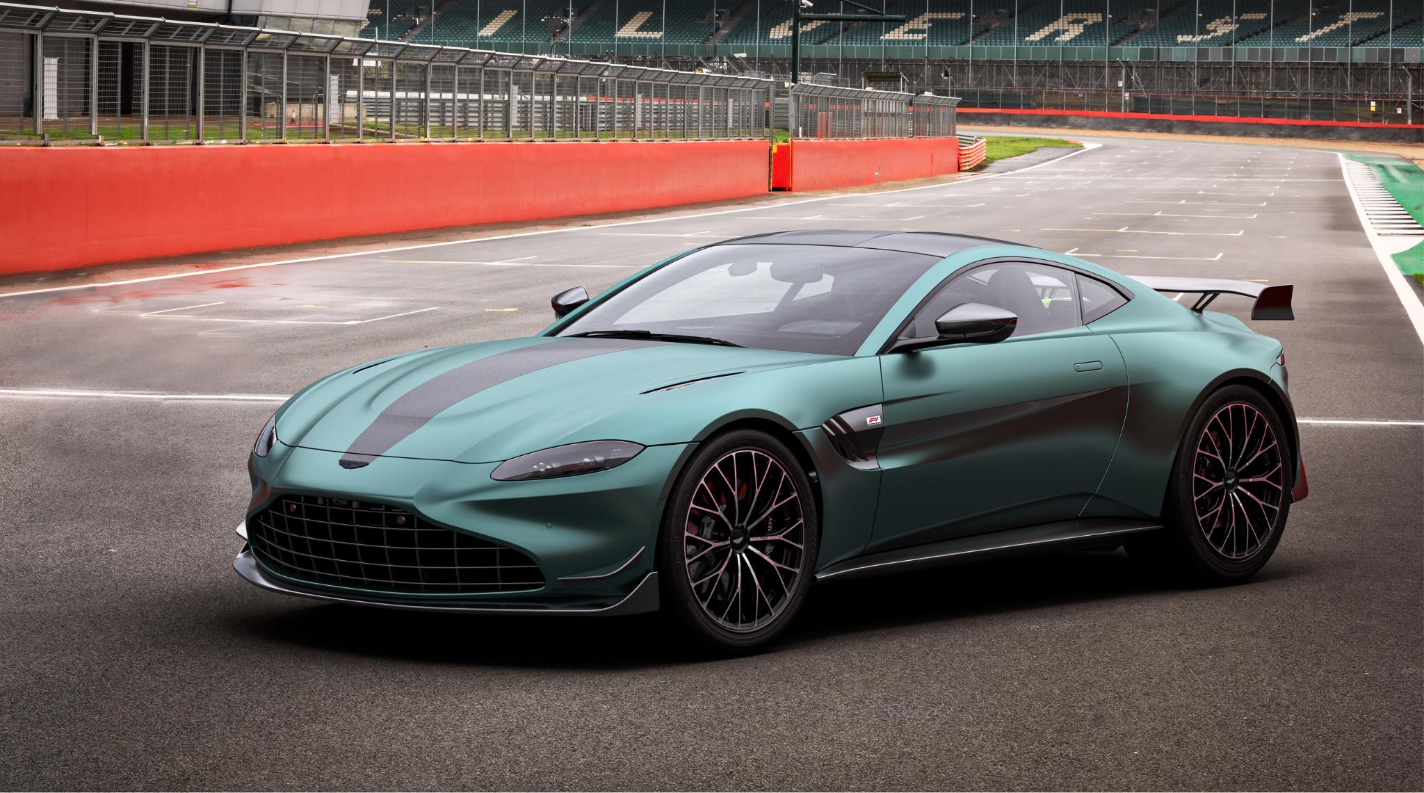 Aston Martin F1 Edition1