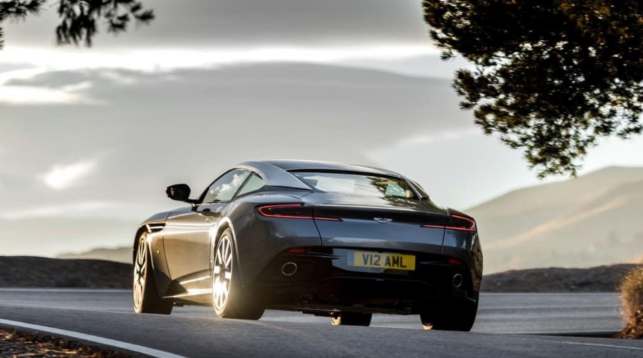 Aston Martin3