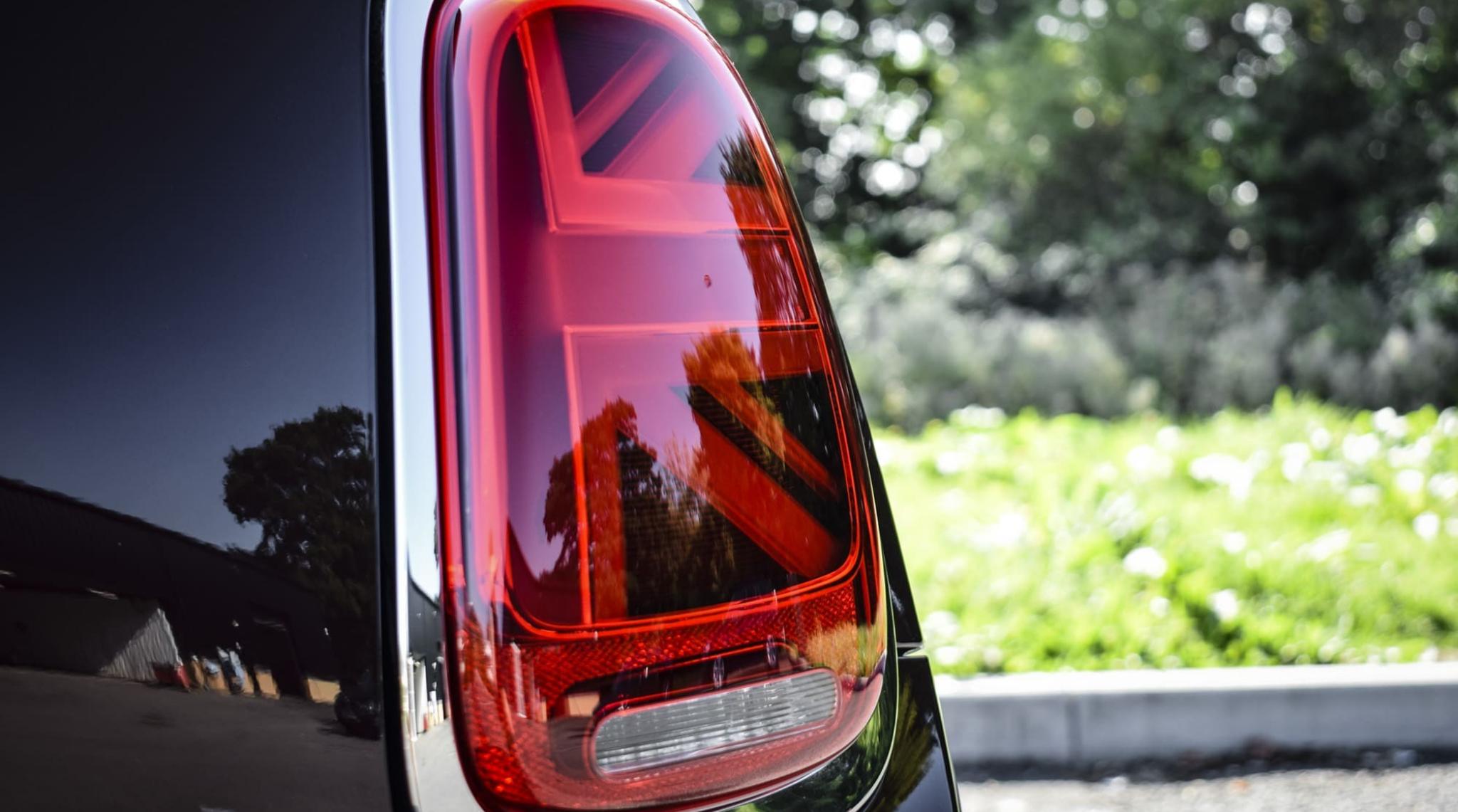 Burgundy MINI Cooper 3 Door Hatch