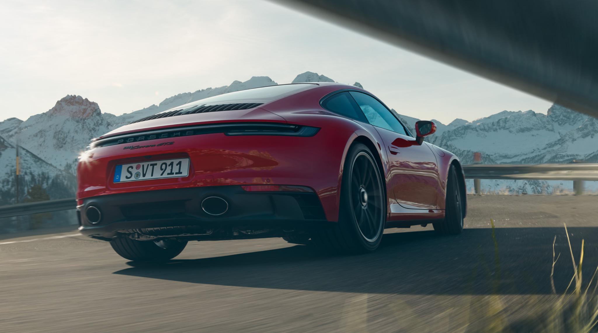 2The New 911 Carrera GTS 2021