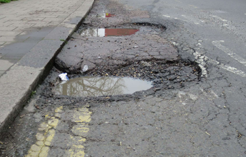 What Happens To Your Car When You Hit A Pothole?