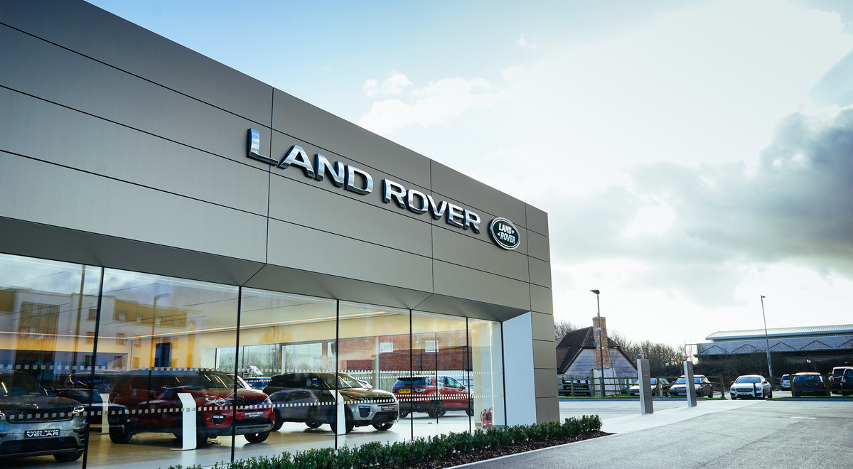 Dick Lovett Land Rover Melksham