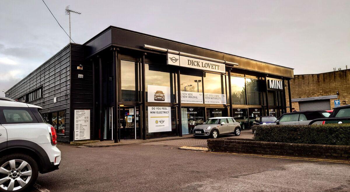Dick Lovett MINI Bath