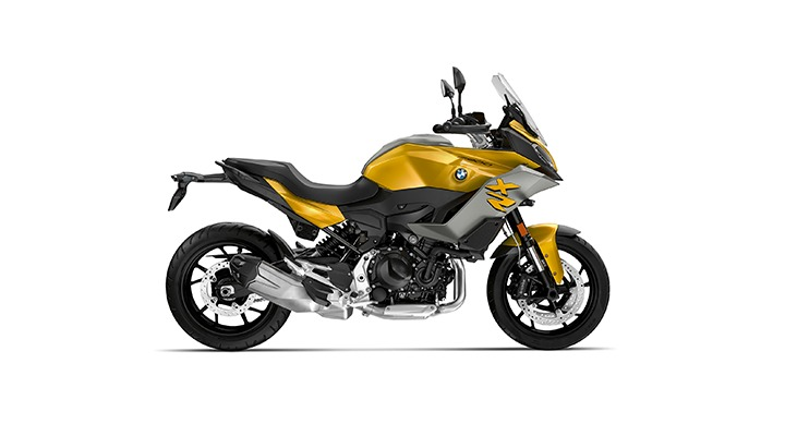 2021 BMW Motorrad F 900 XR The is available in three striking colour variants