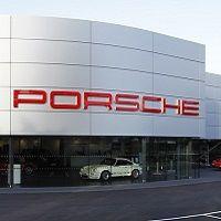 Porsche Centre Tewkesbury opens