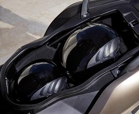 BMW Motorrad C 650 GT Image 1