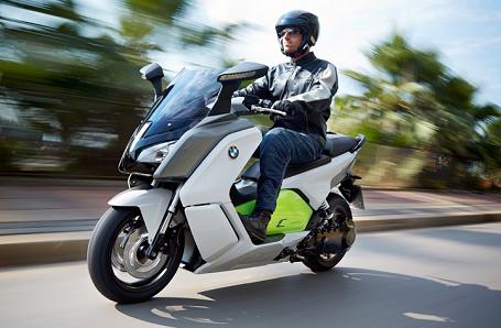BMW Motorrad C Evolution Image 2