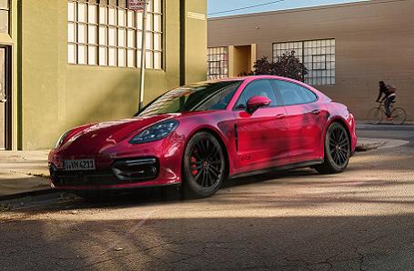 Porsche Panamera GTS Image 2