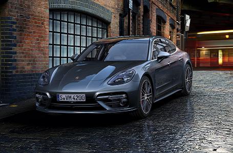 Porsche Panamera Turbo Image 2
