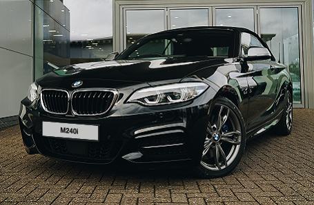BMW M240i Convertible Image 2