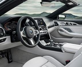 BMW 8 Series Convertible Image 1