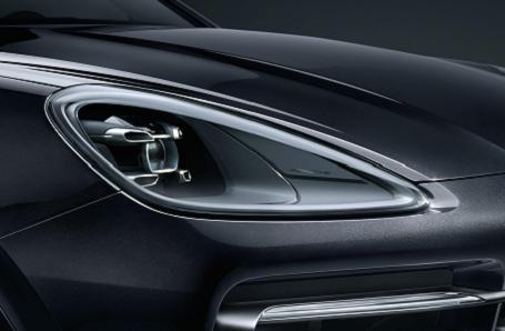 Porsche Cayenne Image 2