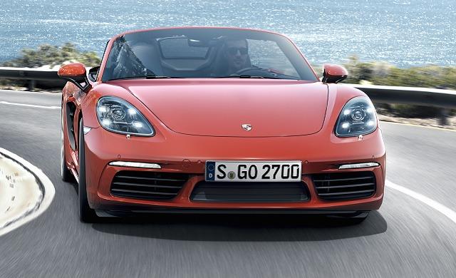 New Porsche 718 Boxster