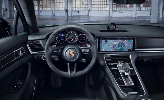New Porsche Panamera Sport Turismo car