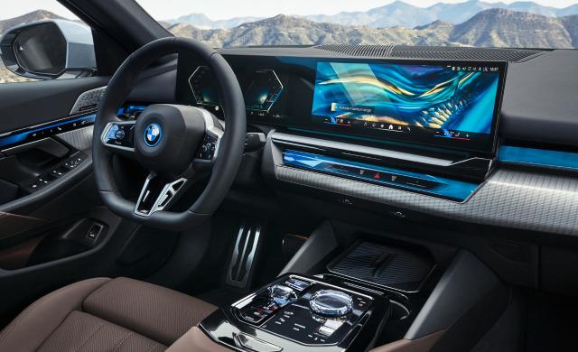 New BMW 5 Series Saloon car