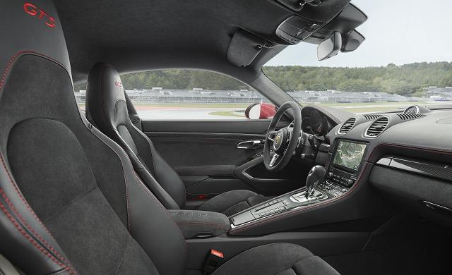 New Porsche 718 Cayman car