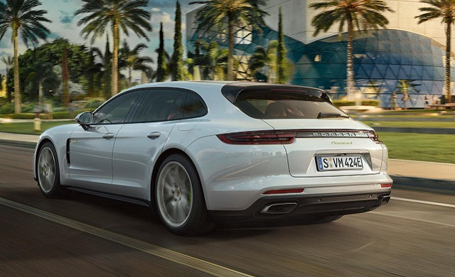 New 2021 Porsche Panamera E-Hybrid