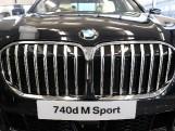 2019 BMW 740d M Sport Auto xDrive 4-door (Black) - Image: 2