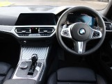 2019 BMW 320d M Sport Touring (Blue) - Image: 8
