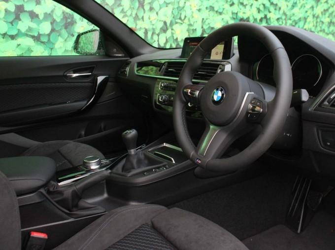 2019 BMW 218i M Sport Coupe (White) - Image: 5
